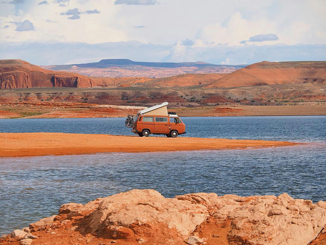 Кругосветное путешествие на фургоне: почему бы и нет?
