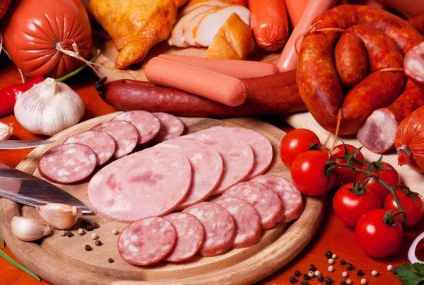 Правила перевозок: как перевозить колбасные изделия
