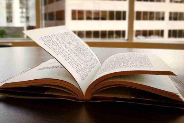 Правила перевозок: как перевозить книги?