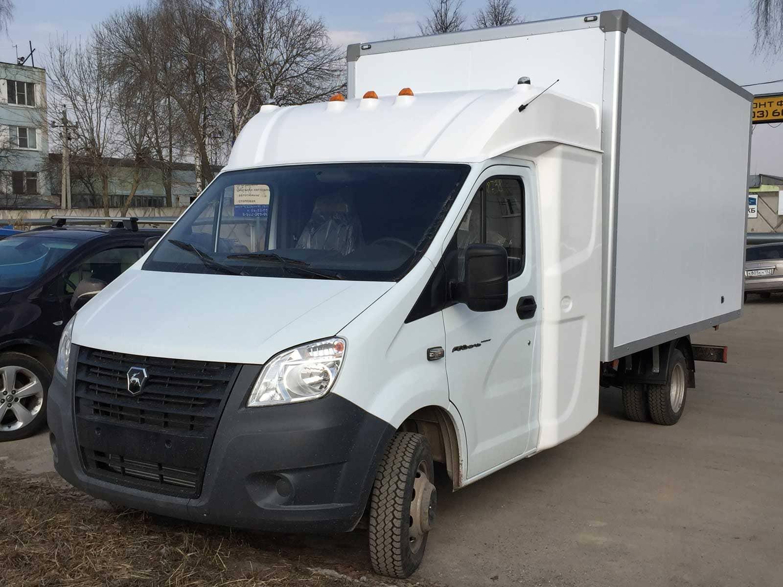 Какой фургон выбрать для службы доставки?