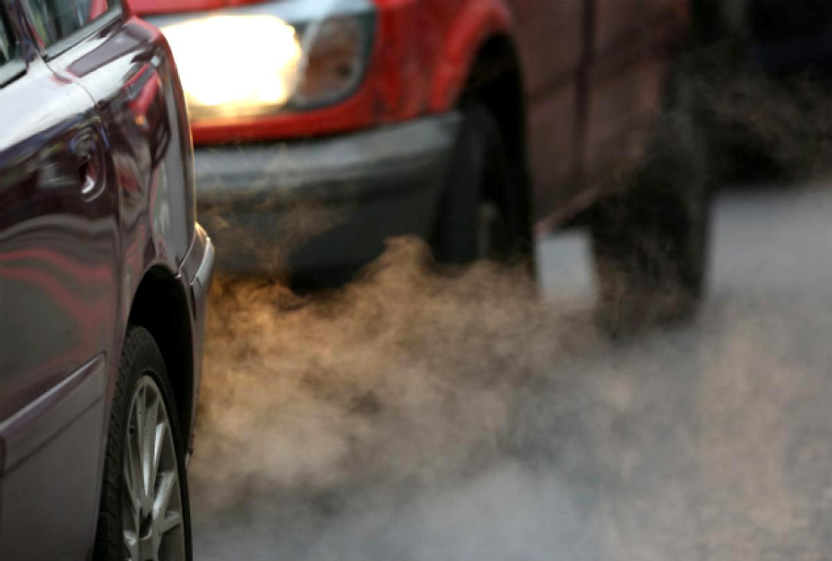 Отравление выхлопными газами автомобиля: симптомы, первая помощь